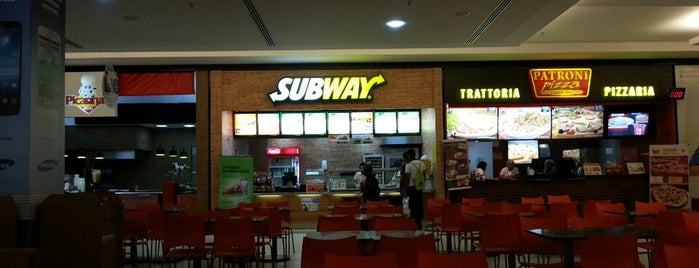 Subway is one of Lugares onde Comer Itz.