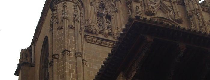 Catedral de Santa María de Huesca is one of HOSTAL TORRE MONTESANTO.