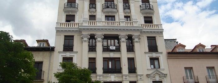Plaza de Santa Ana is one of HOSTAL TORRE MONTESANTO.