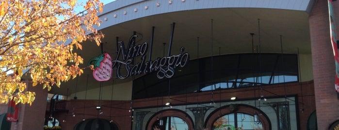 Nino Salvaggio International Marketplace is one of q.
