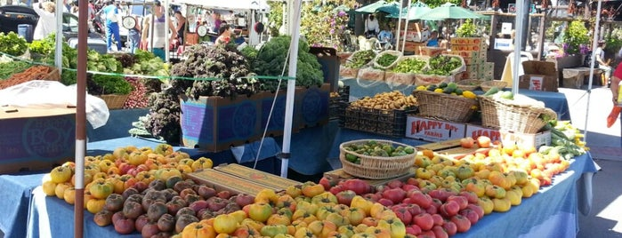 Castro Farmers' Market is one of San Francisco.
