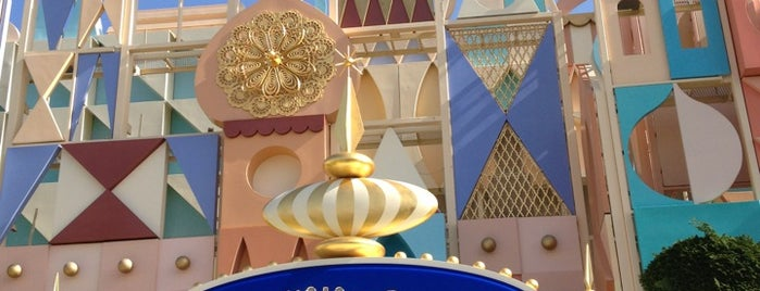 It's a Small World is one of ディズニー.