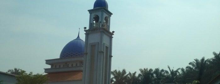 Masjid Padang Kubu is one of Baitullah : Masjid & Surau.