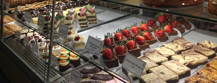 Breka Bakery & Café is one of Vancouver to do list.