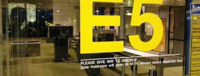 Gate E5 is one of SIN Airport Gates.