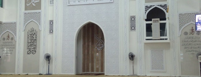 Masjid Daerah Tapah is one of masjid.