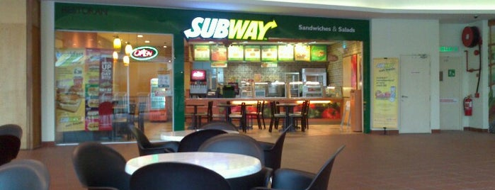 SUBWAY is one of My makan places.