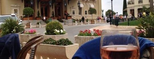 Café de Paris is one of Top 10 favorites places in Saint-Tropez, France.
