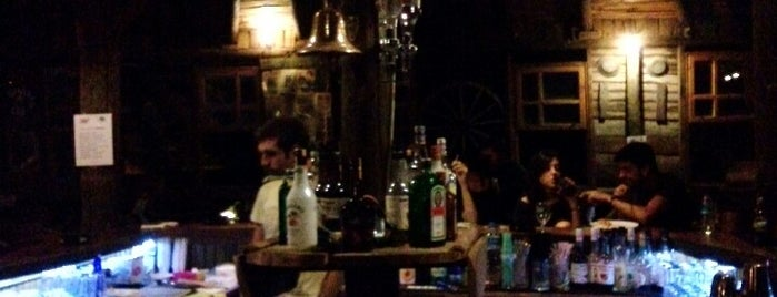 Hangar Bar is one of Gizem.