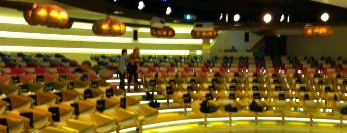 Media Plaza is one of Lezinglocaties.