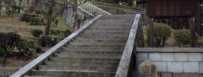 舒明天皇 押坂内陵 (段ノ塚古墳) is one of 天皇陵.