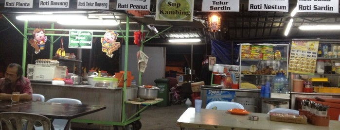 """No Name"" Mamak Stall is one of Western."