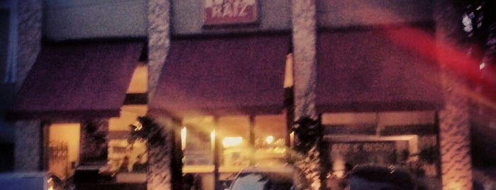 Café Raiz is one of Café & Boulangerie.