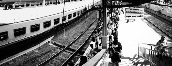 Stasiun Tanah Abang is one of jihan.
