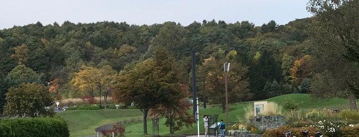 北海道子どもの国 is one of 日本の都市公園100選.