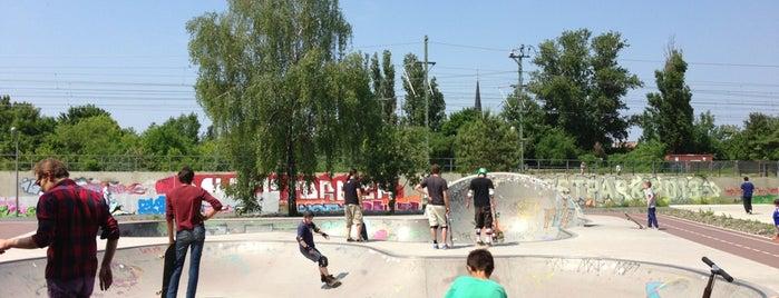 Skatepark am Gleisdreieck is one of Berlin Favorites.