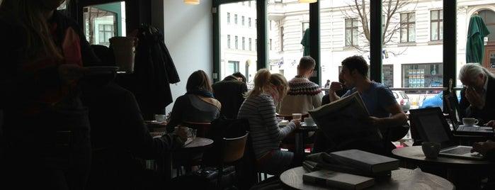 Blinis Espressolounge is one of Kaffee Berlin.