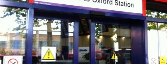 Oxford Railway Station (OXF) is one of Terminais!.