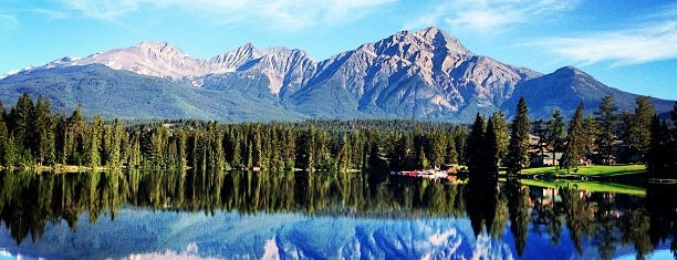Jasper National Park is one of Canada Favorites.