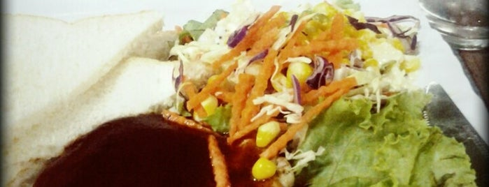 MyHome Restaurant is one of มัสยิด, บาลาเซาะฮฺ, สถานที่ละหมาด.