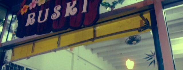 Ruski is one of ร้านอาหารมุสลิม.