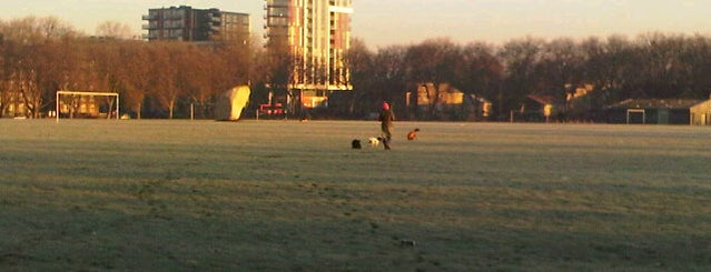Mabley Green is one of Football grounds in and around London.