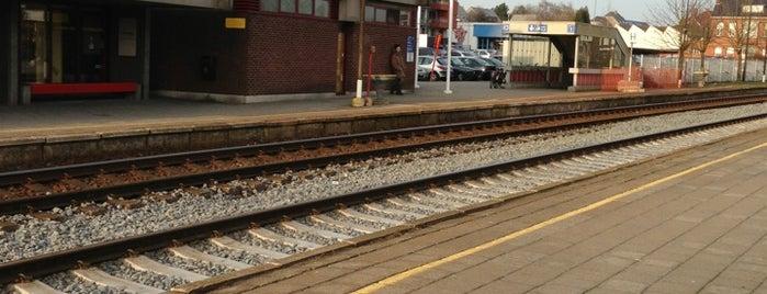 Station Tielt is one of Bijna alle treinstations in Vlaanderen.