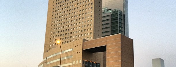 横浜桜木町ワシントンホテル is one of 高層ビル@首都圏.