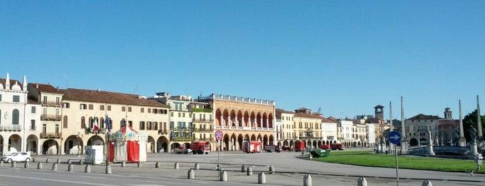 Prato della Valle is one of Luoghi da ricordare.
