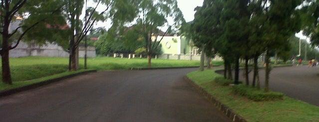 Villa Gunung Lestari is one of Places in Pamulang. Tangerang..