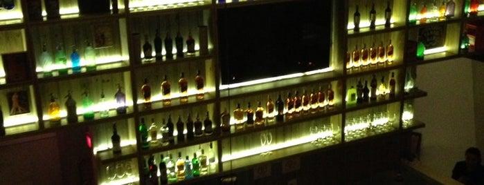 Corrientes 348 is one of Top Restaurants in Sao Paulo.