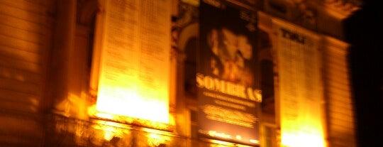 Teatro Nacional de São João is one of Lazer & Passeios (Grande Porto).