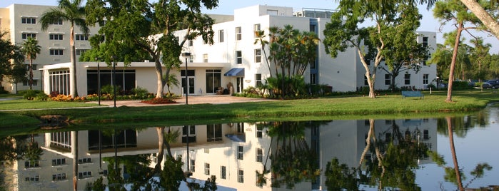 Lynn University E.M. Lynn Residence Hall is one of Orientation Challenge.