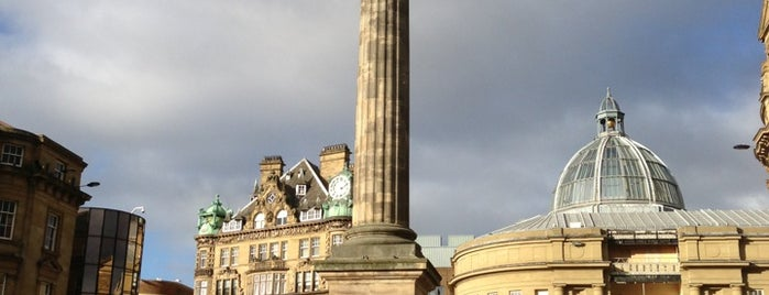 Grey's Monument is one of Newcastle Upon Tyne.