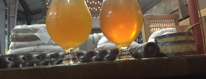 Barebottle Brewing Company is one of The 15 Best Places for a Wheat Beer in San Francisco.