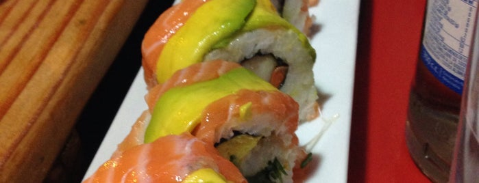 Otai Sushi is one of picadas pa' comer weno.