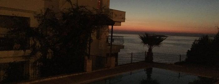 Sunset Villa Hotel is one of Marmaris Yolu.