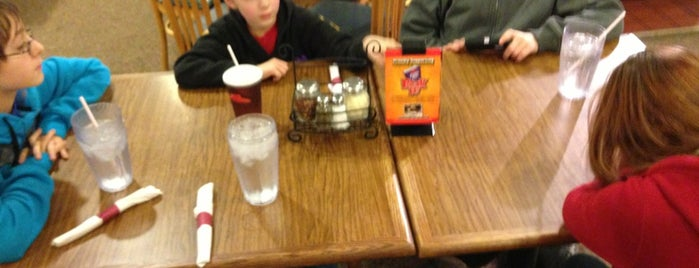 Pizza Hut is one of Top 10 favorites places in Hillsdale, MI.