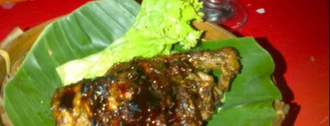 Warung Babe is one of Tempat makan OK'lah.