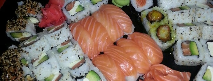 Unaghi Sushi Bar is one of Restos-Cerca.