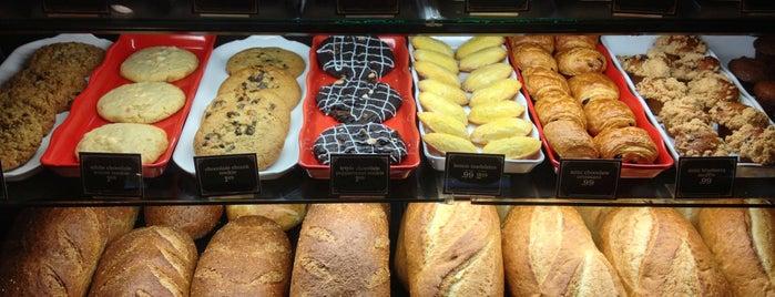 la Madeleine French Bakery & Café Houston Galleria is one of Restaurantes Visitados.