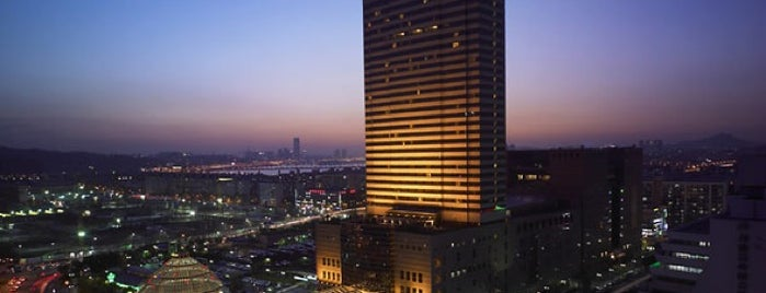 JW Marriott Hotel Seoul is one of 동네.