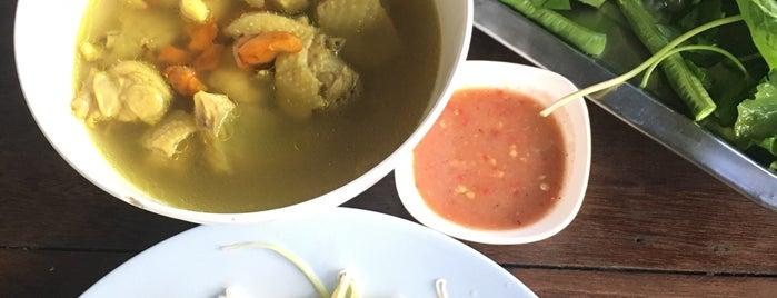 บ้านชะอวด ข้าวแกงใต้เมืองคอน is one of Favorite Food.