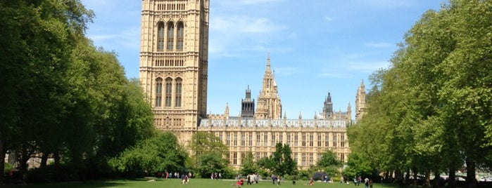 Victoria Tower Gardens is one of Mon Carnet de bord.