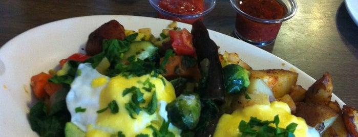 Brookline Lunch is one of food around mit.