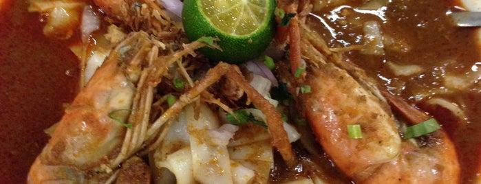 Pondok2 Cafe Mee Udang galah is one of Makan @ Melaka/N9/Johor #15.
