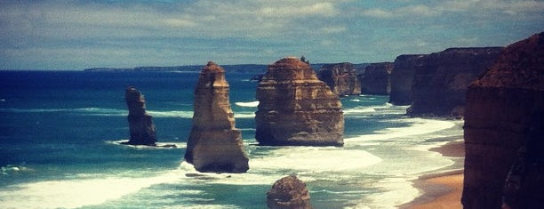 The Twelve Apostles is one of To do around Australia.