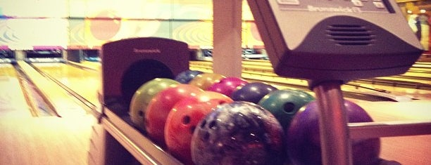 Game Station Bowling is one of Recife.