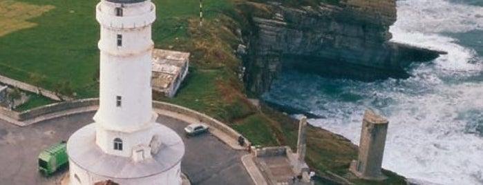 Faro de Cabo Mayor is one of Faros.