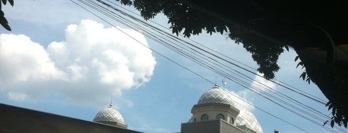 Masjid Raya Bogor is one of mayaw's favourite place.